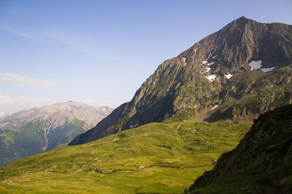 le plateau des lacs du massif du taillefer