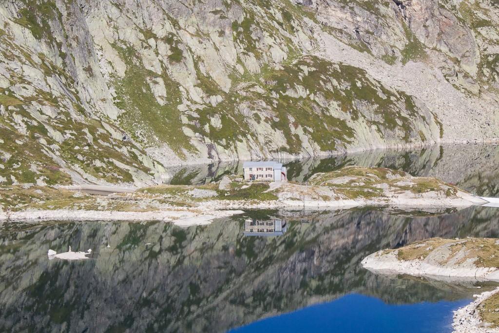 refuge des sept laux et lac carré et lac cottepens