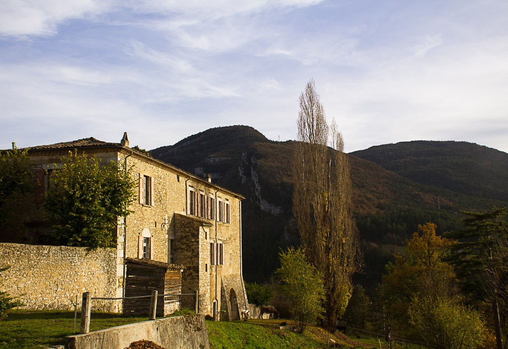 face ouest du monastère de sainte-croix
