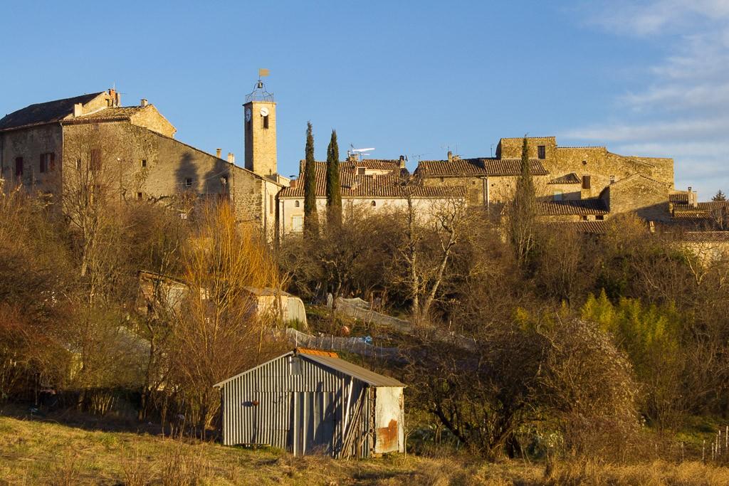 rosans le village médiéval et le campanile